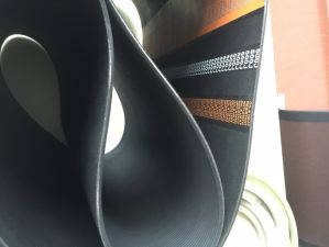 High Quality V-Ribbed Belt for Automobile/Machine Pk Pl Pm pictures & photos