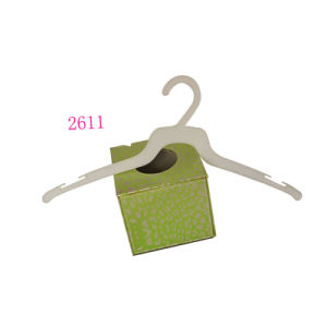 Cheaper Price Custom White Thin Plastic Hangers for Clothing Packing pictures & photos