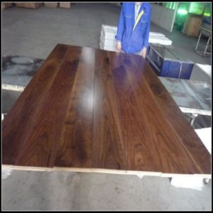 Engineered American Walnut Wood Flooring for Indoor Usage pictures & photos