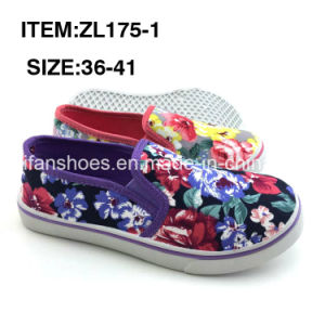 Women Injection Canvas Shoes Slip-on Shoes Leisure Shoes Factory (ZL175-1) pictures & photos