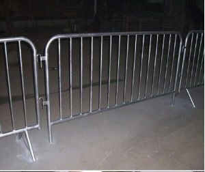 Top Quality for Traffic Barrier/Temporary Fence, Crowd Control Barrier pictures & photos