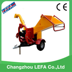 Wholesale 2017 Perfect Hydraulic Pto Wood Chipper pictures & photos