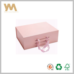 2017 New Design Custom Printed Gift Box with Ribbon Handle pictures & photos