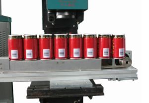 CO2 Laser Marking Machine on The Fly Marking for Soft-Drinks Packaging pictures & photos