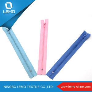 3# 20′′ Colorful Good Quality Nylon Zipper pictures & photos