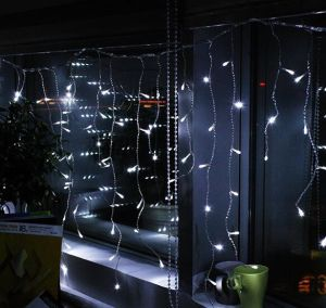 Cool White Color Starry Shape LED Icicle Curtain Light pictures & photos