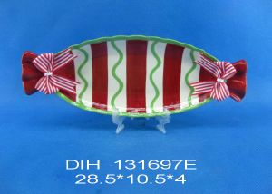Candy-Shape Ceramic Plate with Ribbon for Christmas Decoration pictures & photos