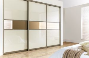 Latest Bedroom Design Cabinet Cheap Wooden Wall Wardrobe pictures & photos