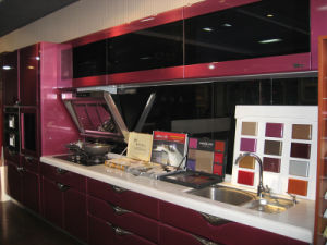 Red and Black Wooden Kitchen Cabinet pictures & photos