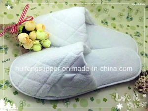 Pure White Tags Close Toe Warm Thick Disposable Hotel Slippers