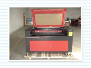 High Quality Laser Cutting Machine with a Computer