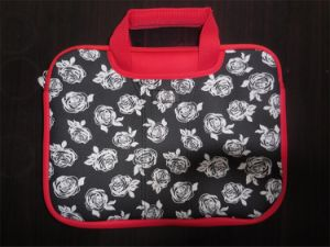 Western Hot Model Red White Flower Printing Neoprene 13.3′′ Laptop Bag pictures & photos