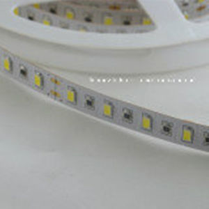 High Luminous with CE& RoHS Approved SMD5630 LED Strip Light pictures & photos