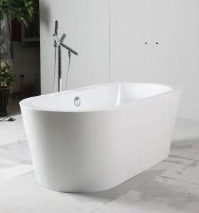 White Freestanding Acrylic Bathtub pictures & photos