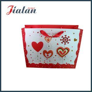 3D Heart Shape Ribbon Rope Custom Design Wedding Paper Bag pictures & photos