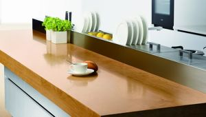 Modern Red Lacquer Kitchen Cupboard (kq-001) pictures & photos