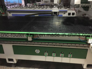 Unloading System CNC Wood Router with High Precision pictures & photos