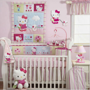 Cute Hello Kitty Baby Girl Crib Bedding Set (baby 006) pictures & photos