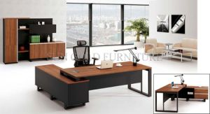 2015 New Design High Quality Office Desk, CEO Executive Melamine Wooden Office Furniture (SZ-OD306) pictures & photos