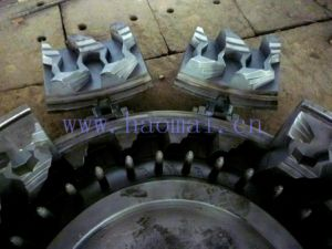 Segmented Solid Tyre Mould Supplier pictures & photos