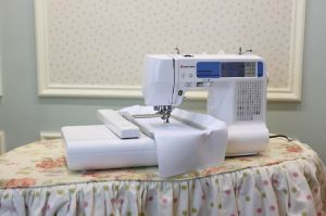 Domestic Computerized Embroidery Machines (ES960N)