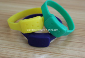 Stronger Smelling Mosquito Repellent Wristband pictures & photos