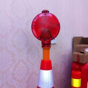 Insert Type Traffic Barrier LED Flashing Warning Light pictures & photos