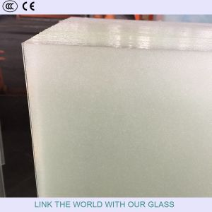Tempered Glass for Solar Colletor/PV Module/Curtain Wall pictures & photos