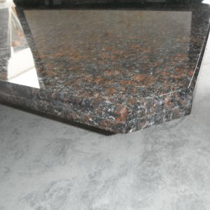 Granite Counter Tan Brown Kitchen Island Top pictures & photos