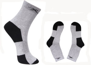 Customer Sport Ankle Men Socks pictures & photos