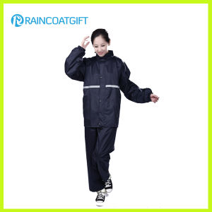 Waterproof Women′s Polyester Rainsuit Rvc-105 pictures & photos