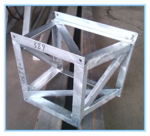 Steel Metal Fabrication Parts Metal Bracket pictures & photos
