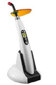 Hot Sale Wireless Dental LED Curing Light pictures & photos
