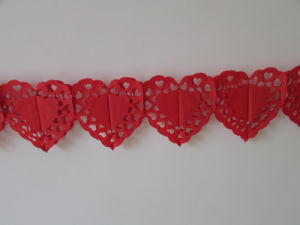 Red Heart Paper Garlands for Wedding Decoration pictures & photos