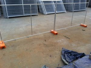 Hot Dipped Galvanized Au Temporary Construction Fence pictures & photos