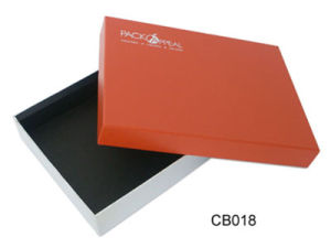 Custom Color Print Cardboard Packaging Box for Suits Clothes pictures & photos