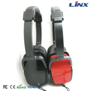 Latest Waterproof Stereo Headphones High Bass Headphone pictures & photos