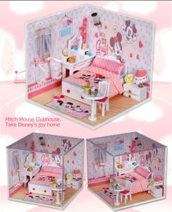 Lovely DIY Pink Wooden Toy Doll House for Gift Set pictures & photos