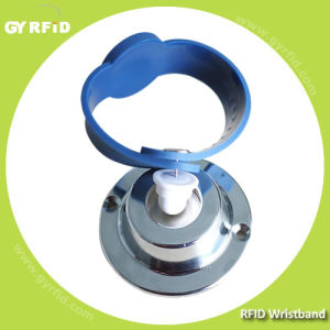Wrs03 RFID Lockable Wristbands with 125kHz, 13.56MHz RFID (GYRFID) pictures & photos