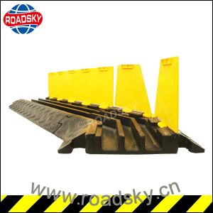 Durable Yellow Channels Ramp Outdoor Rubber Cable Protector for Floor pictures & photos
