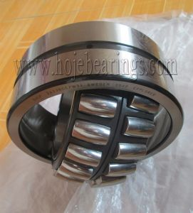 Original NTN NSK SKF Self-Aligning Spherical Roller Bearing 21313 Cc pictures & photos