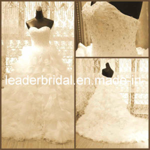 2017 Bridal Ball Gown Tiered Lace Wedding Dresses N13013 pictures & photos