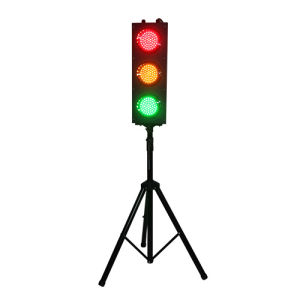 British Standard Kids Play Toy Tripod Portable 125mm LED Traffic Light pictures & photos