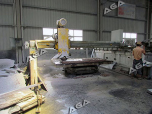 Automatic Stone Bridge Saw to Cut Marble Granite Slab (HQ400/600/700) pictures & photos