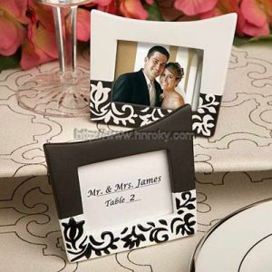 Elegant Place Card Holder (HND-054)