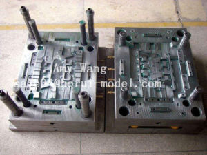 OEM Moldmaster Hot Runner Plastic Injection Mold pictures & photos