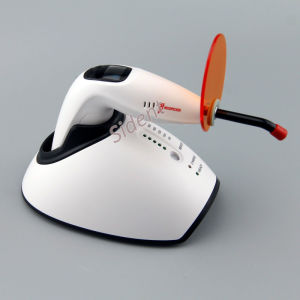 Woodpecker Wireless Dental LED Curing Light Teeth Whitening Lamp pictures & photos