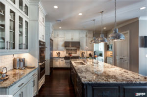 Design Luxury Complete Kitchen Sets Solid Wood Kitchen Furniture pictures & photos