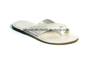 Lady Leather Rubber Outsole Slipper pictures & photos