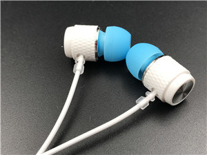 Various Models of Ear Style Earphone Manufacturers pictures & photos